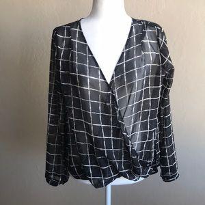 Lush Size M Draped high low long sleeve blouse